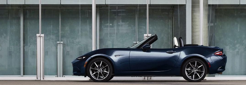 Las últimas puntuaciones de Mazda Roadster casi perfectas por automóvil y conductor